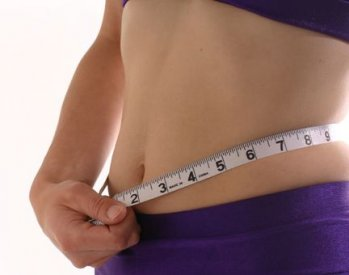 Woman-waist-measuring-tape