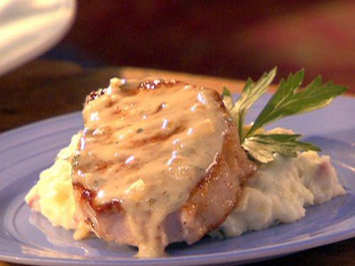 RM0621_Pork_Chops_with_Potatoes_lg