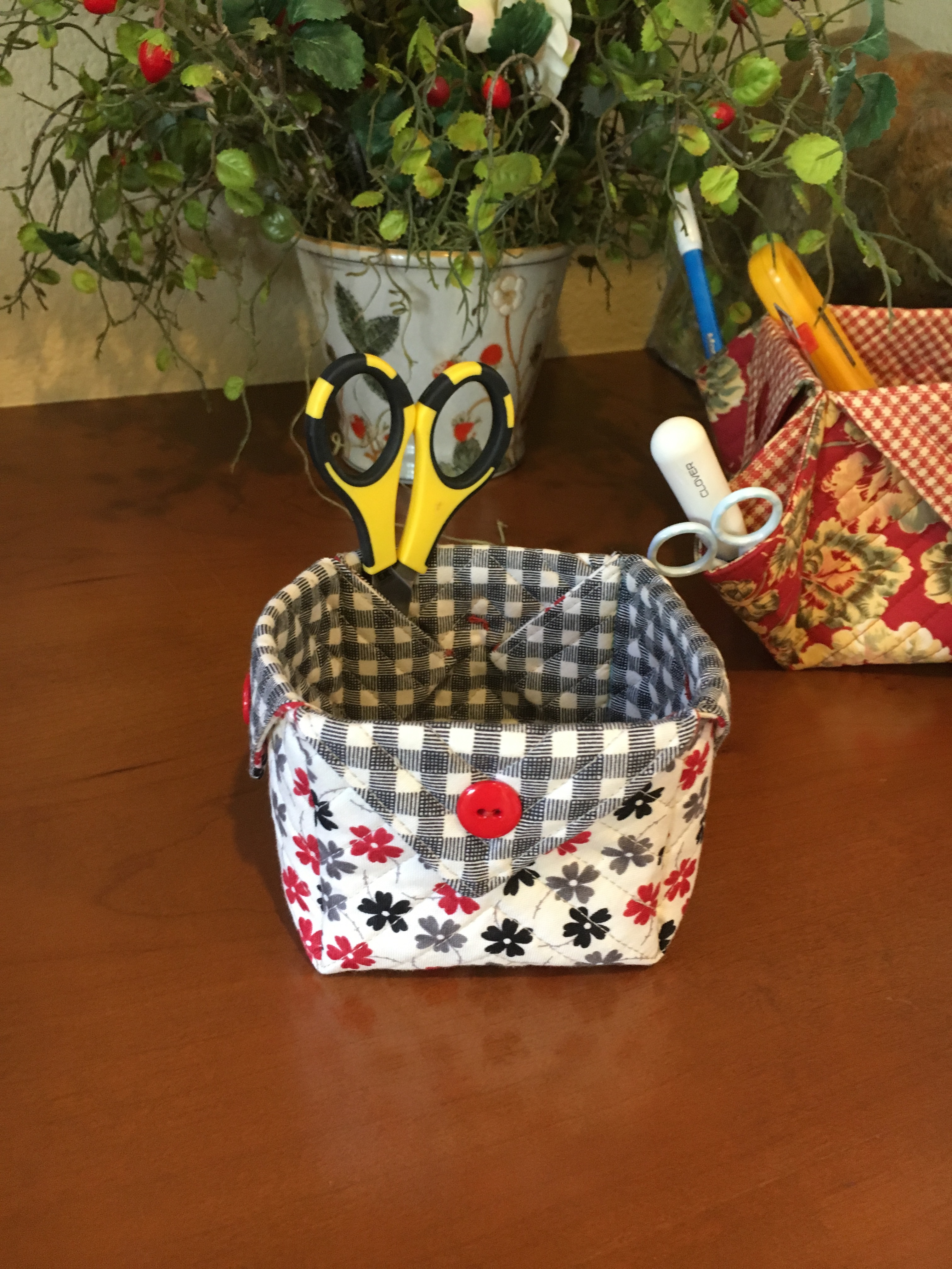 Diy Fabric Boxes Sister S Choice Quilts